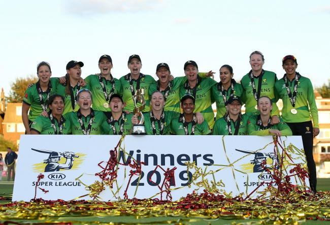 Western Storm's Heather Knight (centre) celebrates with the trophy with teammates after winning during Kia Super League final at the 1st Central County Ground, Hove. PRESS ASSOCIATION Photo. Picture date: Sunday September 1, 2019. See PA story CRICKET