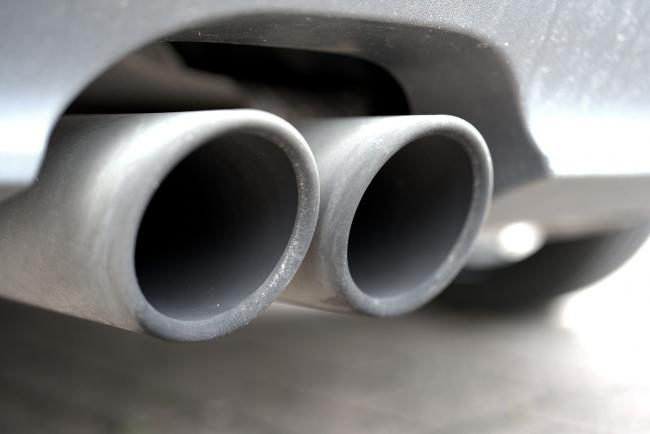 Stock photo of car exhaust (Image Pixabay stock pix, free to use by all partners)