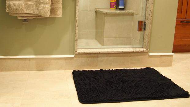 Burnham and Highbridge Weekly News: A stylish bath mat can brighten up your space. Credit: Reviewed / Kori Perten