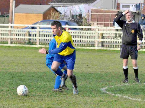 Burnham and Highbridge Weekly News: Highbridge Town crowned champions
