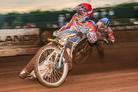 Somerset Rebels Christmas cracker meeting