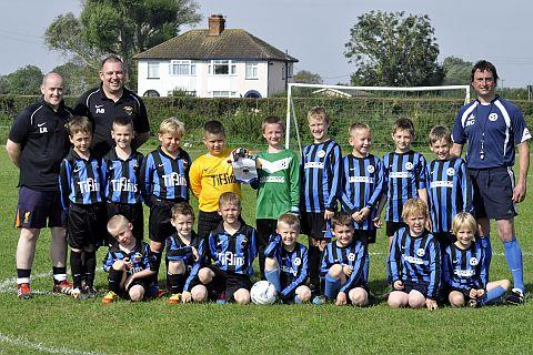 Burnbridge Wanderers Under-8s hold football tournament