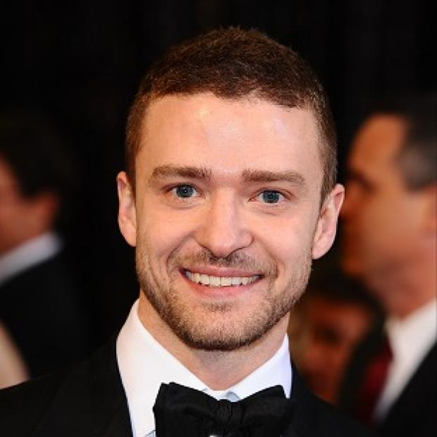 Justin Timberlake serenaded Jessica Biel as she walked down the aisle at their wedding