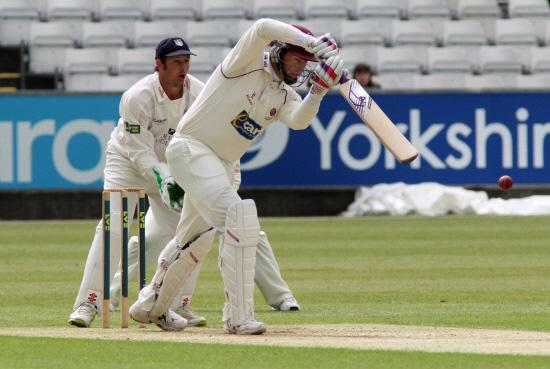 Trescothick becomes all-time leading run scorer at Taunton