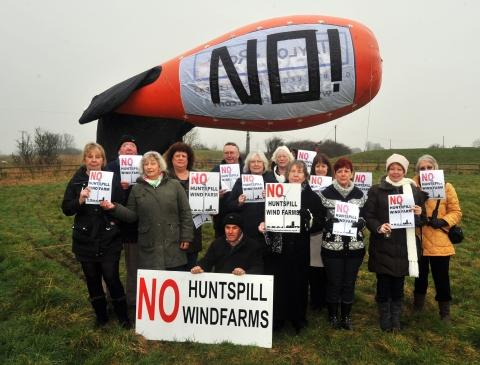 The No Huntspill Wind Farm Action Group protesting with a blimp they had hired to show the height of the turbines.