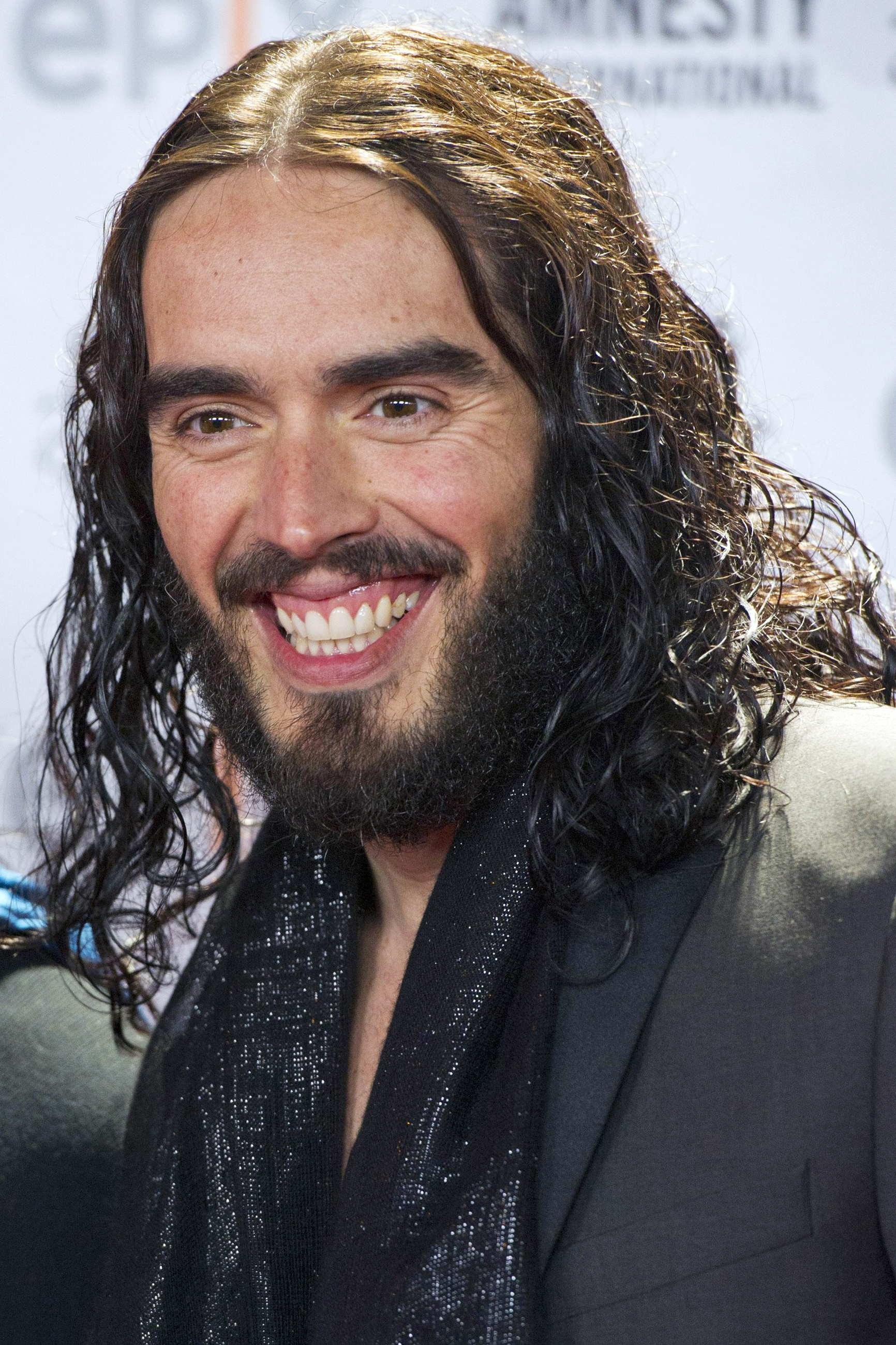 Burnham and Highbridge Weekly News: Russell Brand cancels Southend show due to illnesss