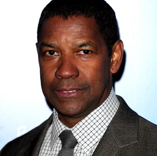 Denzel Washington is to tread the boards in a Broadway production of Raisin In the Sun