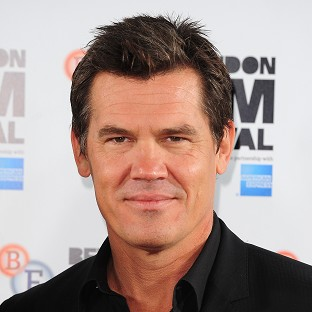 Josh Brolin enjoyed working with Kate Winslet on Labor Day