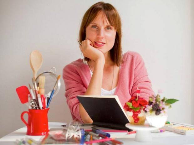 Burnham and Highbridge Weekly News: BAKE-Off champion Frances Quinn