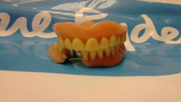 Burnham and Highbridge Weekly News: Dentures found in shoes at charity store