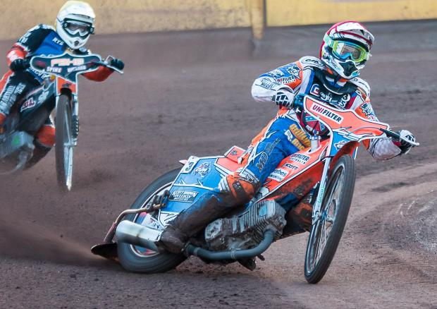 Rebels bounce back in style with crushing Rye House victory