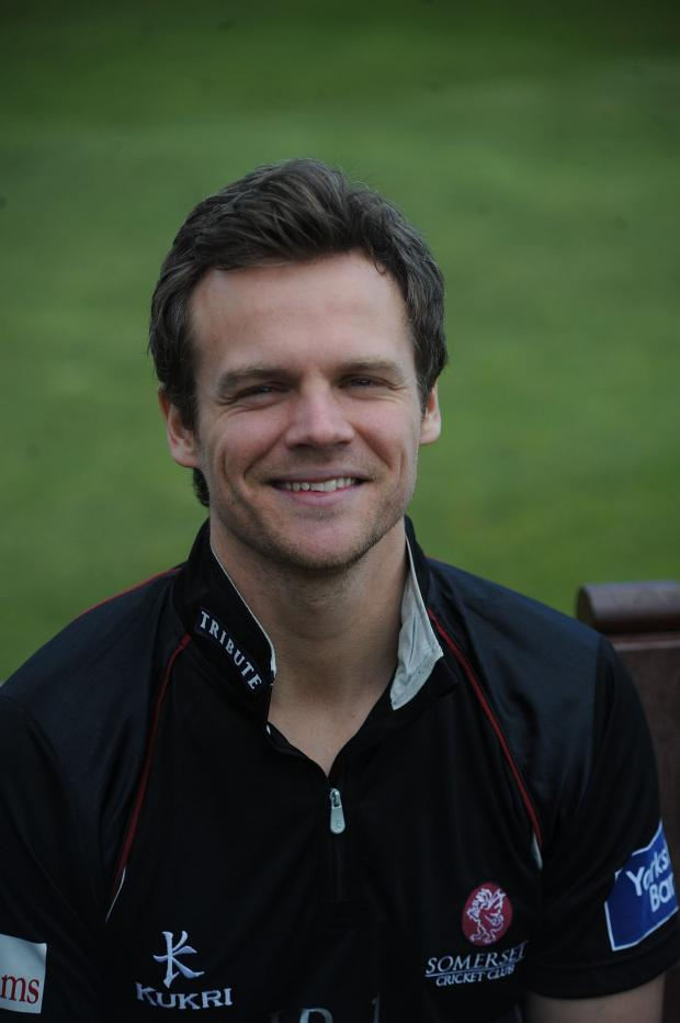 Burnham and Highbridge Weekly News: CRICKET: Hildreth signs three year extension at Somerset