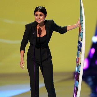 Selena Gomez thanked her fans as she accepted her Teen Choice Award
