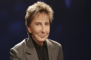 Barry Manilow's face is the talk of Strictly