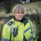 Burnham and Highbridge Weekly News: Working on Happy Valley's second series was 'emotionally brutal' says Sarah Lancashire