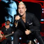 Burnham and Highbridge Weekly News: Robbie Williams's Glastonbury throwback photo will take you straight back to the 90s