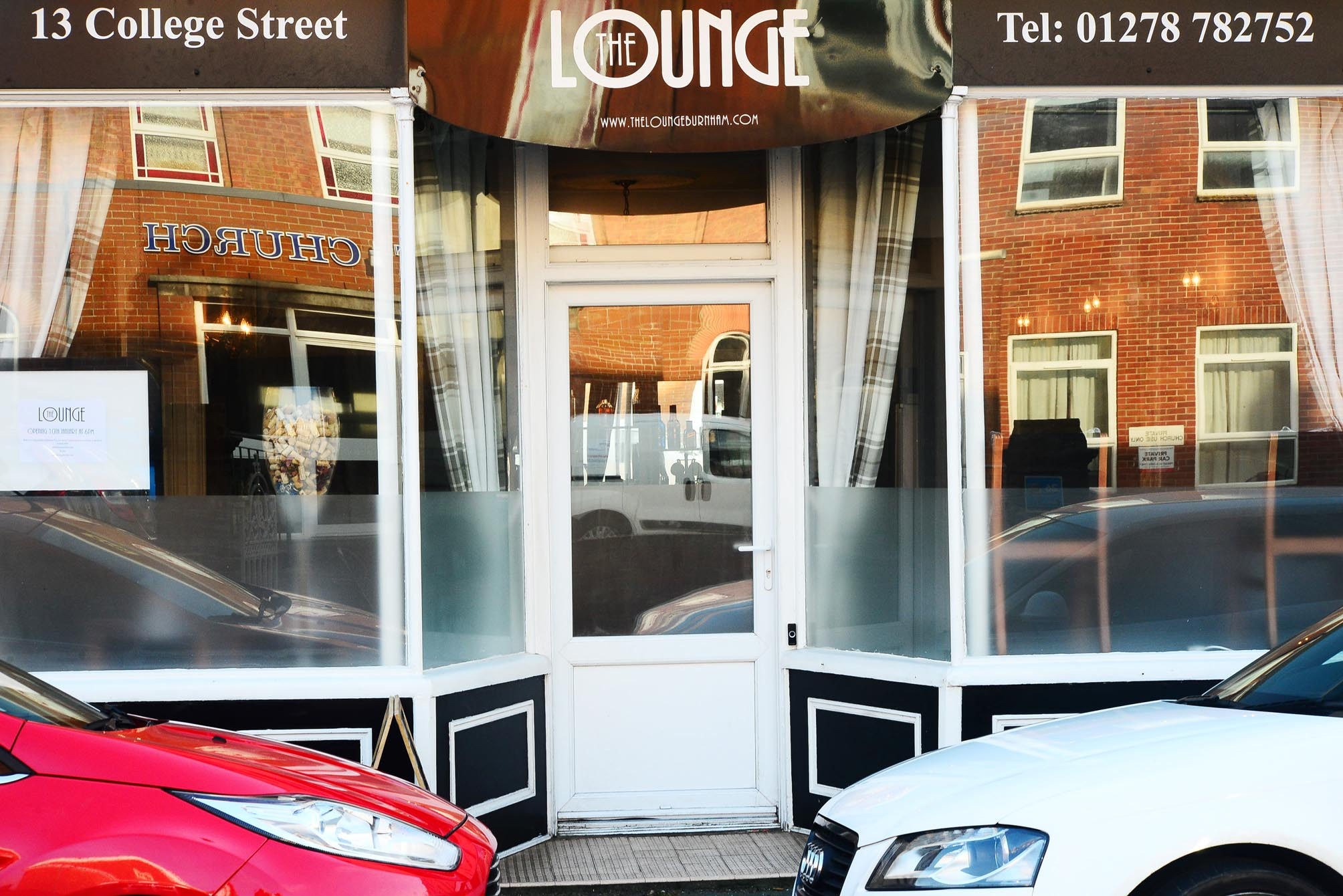 CLOSED: The Lounge in Burnham-on-Sea