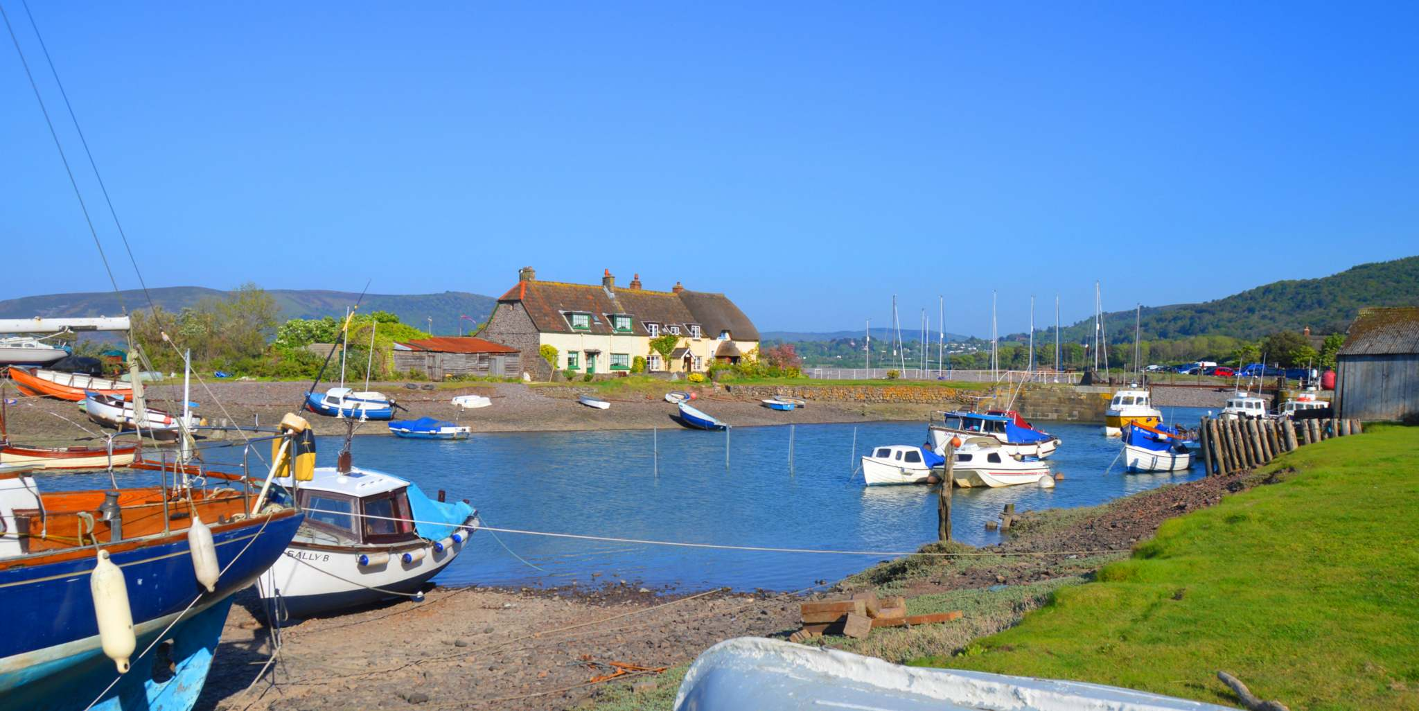 BLUE SKIES: Porlock Weir - Leanna Coles - Somerset Camera Club