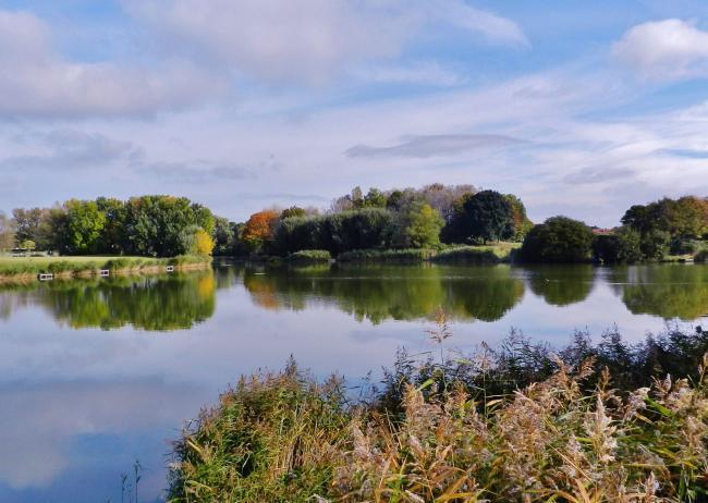 GET INVOLVED: Somerset Camera Club member Keith Nichols took this image of Apex Park in the Autumn
