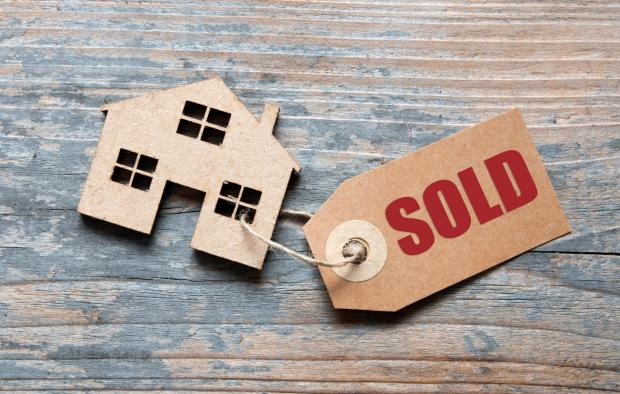 Burnham and Highbridge Weekly News: SOLD: Beware the pitfalls of buying and selling. Picture: iStock/PA
